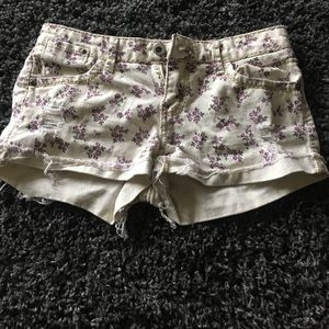 Destroyed Floral White Jean Shorts